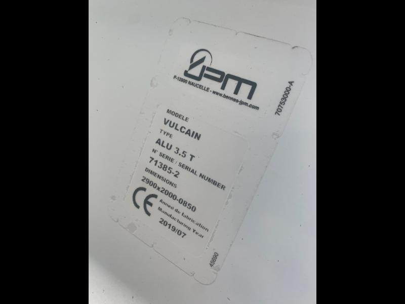 Photo 14 de l'offre de IVECO 35c14 DOUBLE CABINE 6 PLACES BENNE+COFFRE CLIM AUTO à 32400€ chez ABVI Montpellier