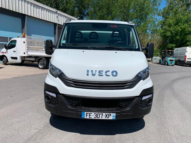 Photo 2 de l'offre de IVECO 35c14 BENNE 2.90m COFFRE CLIM AUTO ATTELAGE à 31800€ chez ABVI Montpellier