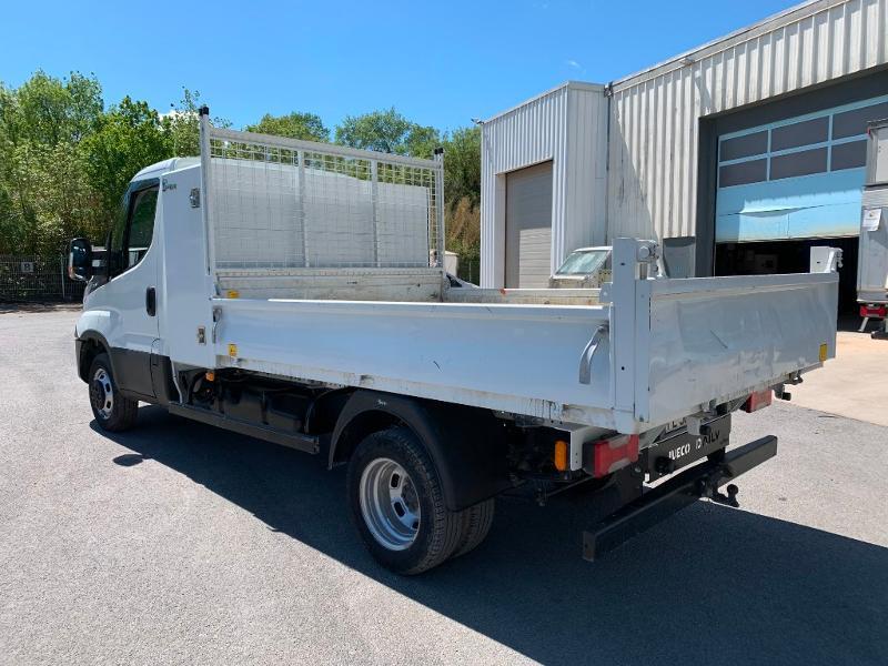 Photo 5 de l'offre de IVECO 35c14 BENNE 2.90m COFFRE CLIM AUTO ATTELAGE à 31800€ chez ABVI Montpellier