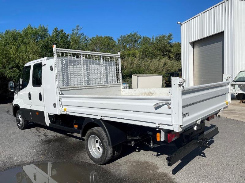 Photo 5 de l'offre de IVECO 35c14d BENNE 6 PLACES COFFRE CLIM AUTO à 32400€ chez ABVI Montpellier