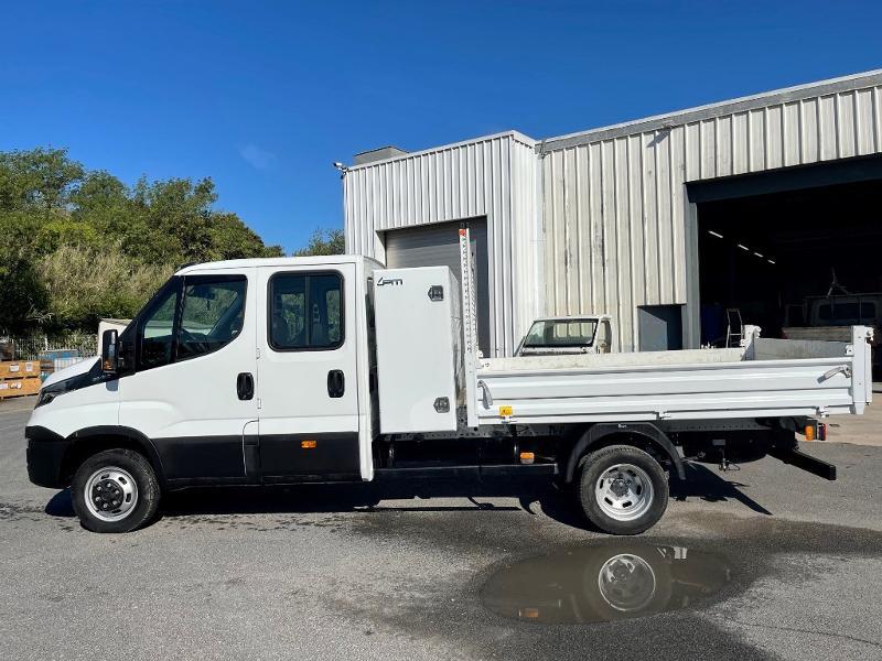 Photo 4 de l'offre de IVECO 35c14d BENNE 6 PLACES COFFRE CLIM AUTO à 32400€ chez ABVI Montpellier