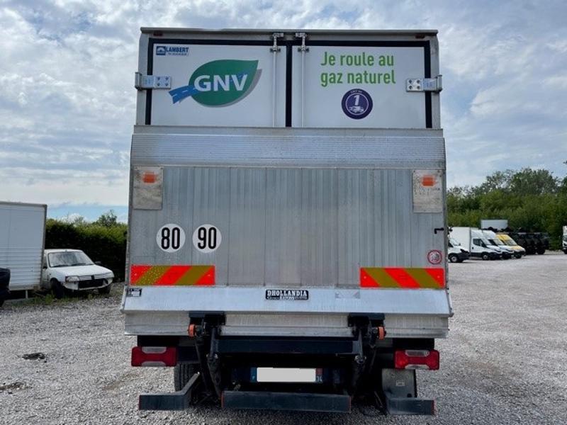 Photo 4 de l'offre de IVECO 65c14 GAZ (CNG) CAISSE FRIGO HAYON 750KG à 18000€ chez ABVI Montpellier