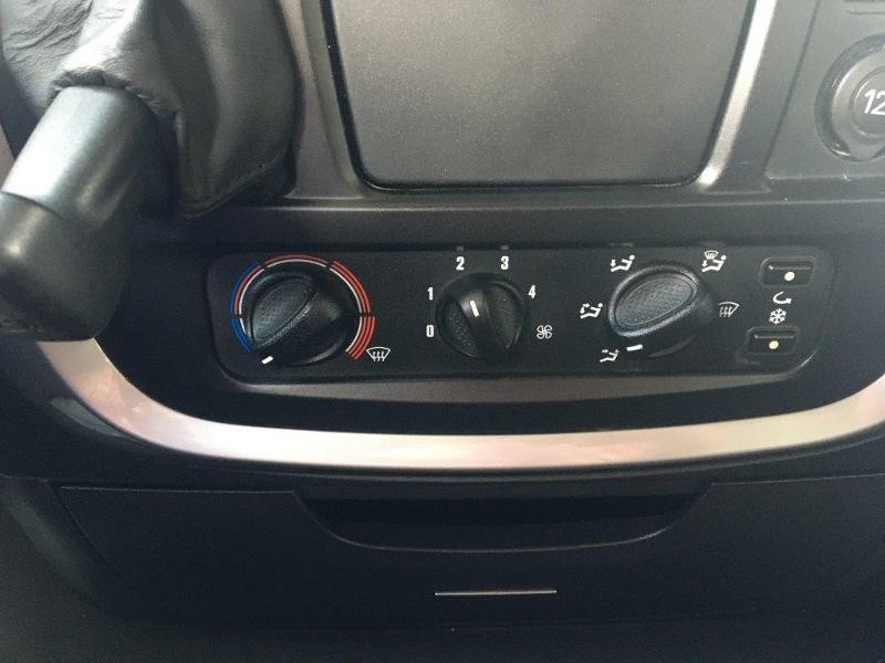 Photo 11 de l'offre de IVECO Stralis 460cv BAV CLIM RALENTISSEUR HYDRAULIQUE à 839€ chez ABVI Montpellier
