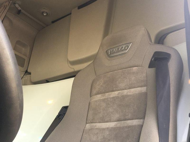 Photo 14 de l'offre de IVECO Stralis 460cv BAV CLIM RALENTISSEUR HYDRAULIQUE à 839€ chez ABVI Montpellier
