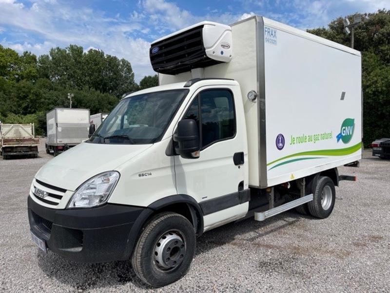 Photo 6 de l'offre de IVECO 65c14 GAZ (CNG) CAISSE FRIGO HAYON 750KG à 18000€ chez ABVI Montpellier
