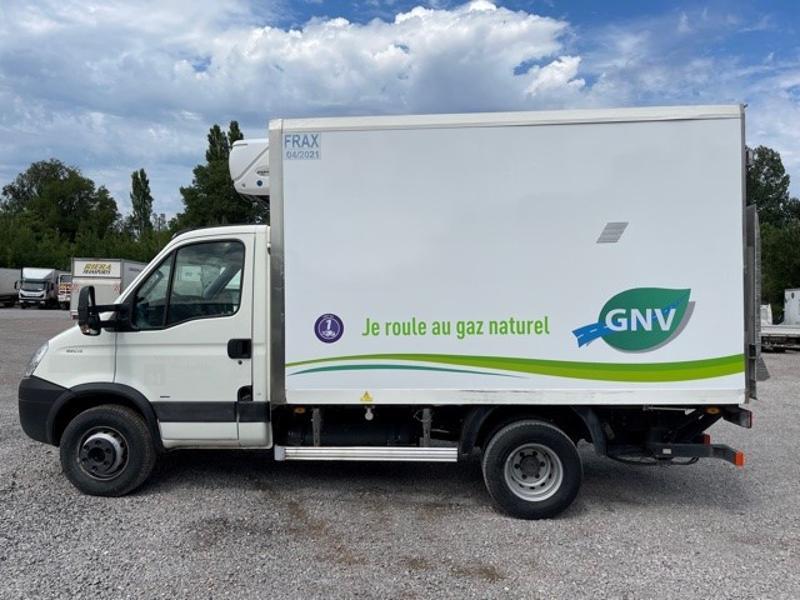 Photo 7 de l'offre de IVECO 65c14 GAZ (CNG) CAISSE FRIGO HAYON 750KG à 18000€ chez ABVI Montpellier