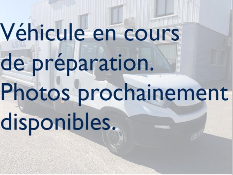Iveco Prochainement DISPONIBLE 35C14 DOUBLE CABINE BENNE COFFRE CLIM AUTO Diesel Blanc Occasion à vendre