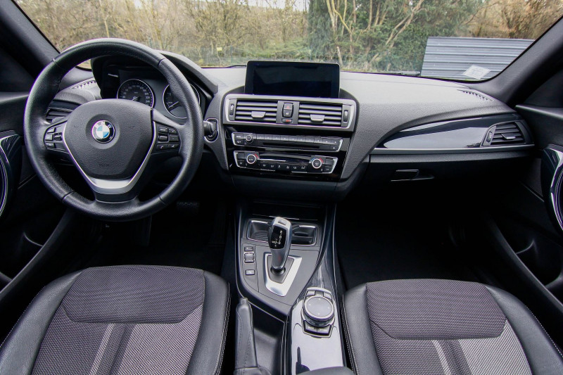 Photo 19 de l'offre de BMW SERIE 1 118DA 150CH URBANCHIC 5P à 18490€ chez AC111 Automobiles