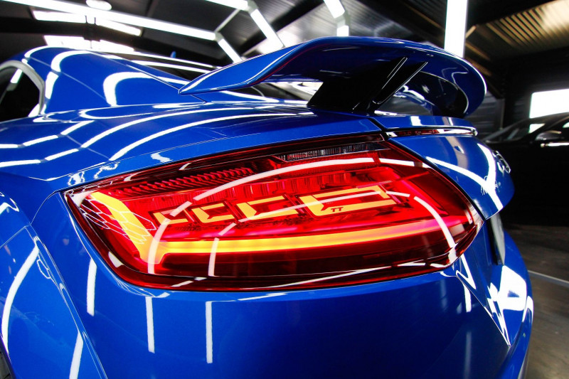 Photo 13 de l'offre de AUDI TT RS 2.5 TFSI 400CH QUATTRO S TRONIC 7 à 70990€ chez AC111 Automobiles