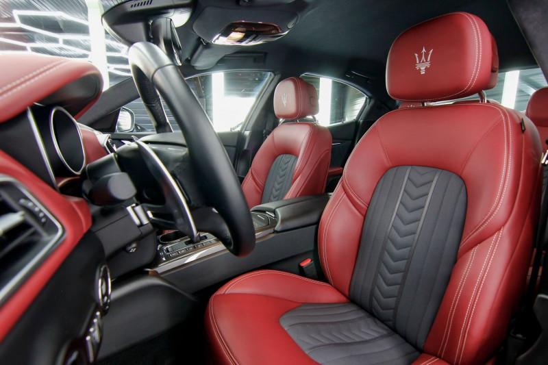 Photo 3 de l'offre de MASERATI GHIBLI 3.0 V6 275CH DIESEL GRANDLUSSO à 50990€ chez AC111 Automobiles