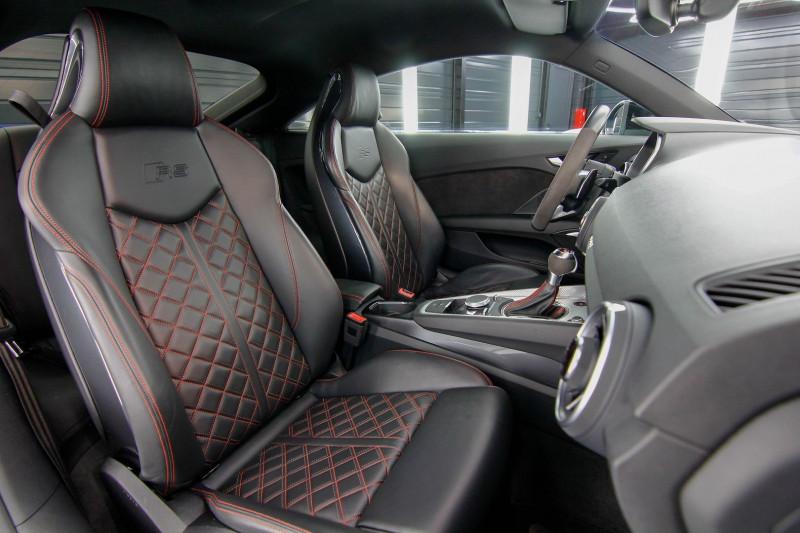 Photo 2 de l'offre de AUDI TT RS 2.5 TFSI 400CH QUATTRO S TRONIC 7 à 70990€ chez AC111 Automobiles