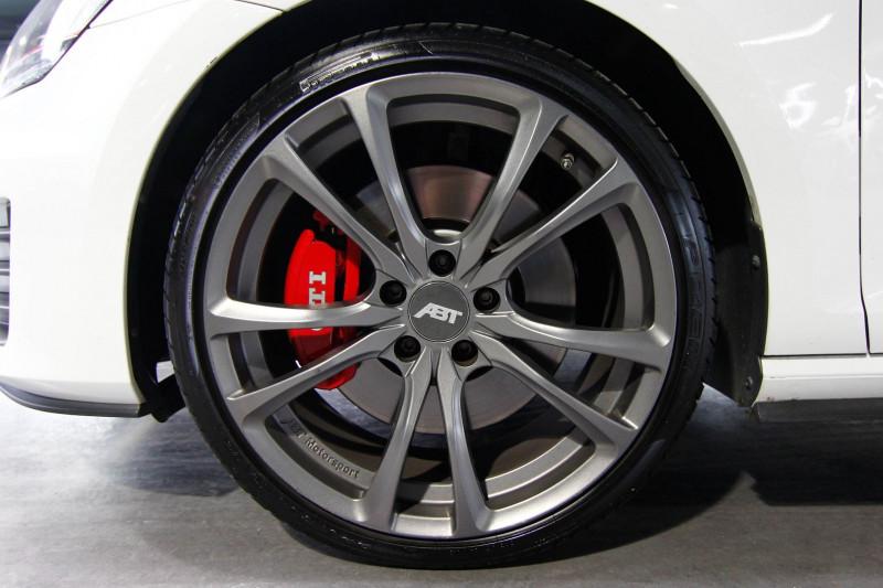 Photo 17 de l'offre de VOLKSWAGEN GOLF 2.0 TSI 230CH BLUEMOTION TECHNOLOGY GTI PERFORMANCE DSG6 5P à 21490€ chez AC111 Automobiles