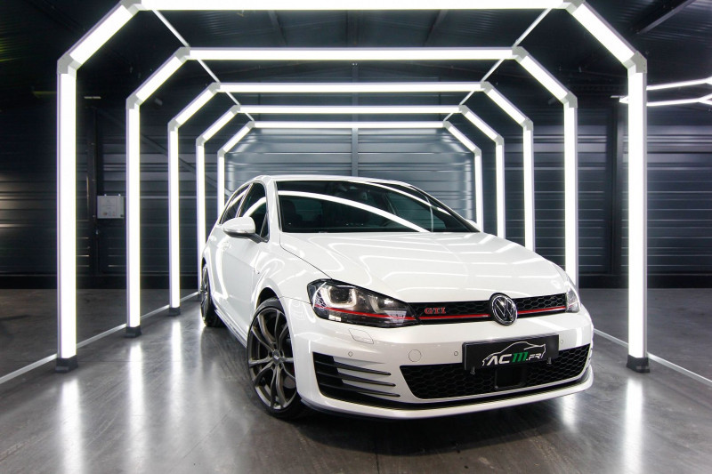 Volkswagen GOLF 2.0 TSI 230CH BLUEMOTION TECHNOLOGY GTI PERFORMANCE DSG6 5P Essence INC. Occasion à vendre