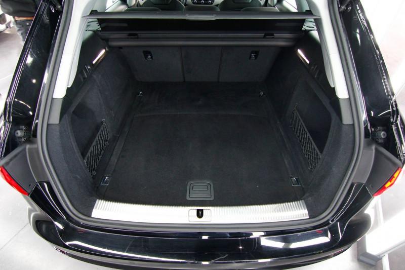 Photo 5 de l'offre de AUDI A4 AVANT 2.0 TFSI 190CH ULTRA DESIGN S TRONIC 7 à 25990€ chez AC111 Automobiles