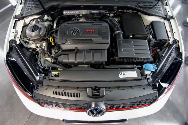 Photo 6 de l'offre de VOLKSWAGEN GOLF VII 2.0 TSI 230CH BLUEMOTION TECHNOLOGY GTI PERFORMANCE 3P à 20990€ chez AC111 Automobiles