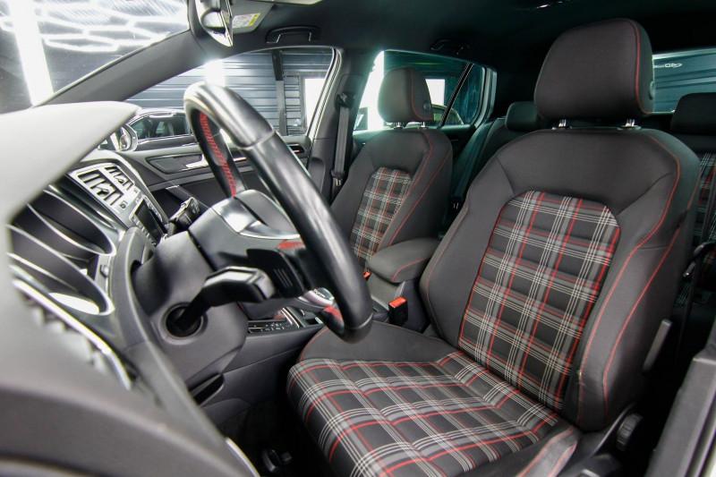 Photo 3 de l'offre de VOLKSWAGEN GOLF 2.0 TSI 230CH BLUEMOTION TECHNOLOGY GTI PERFORMANCE DSG6 5P à 21490€ chez AC111 Automobiles