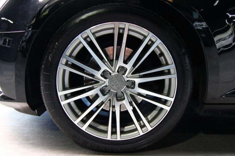 Photo 19 de l'offre de AUDI A4 AVANT 2.0 TFSI 190CH ULTRA DESIGN S TRONIC 7 à 25990€ chez AC111 Automobiles