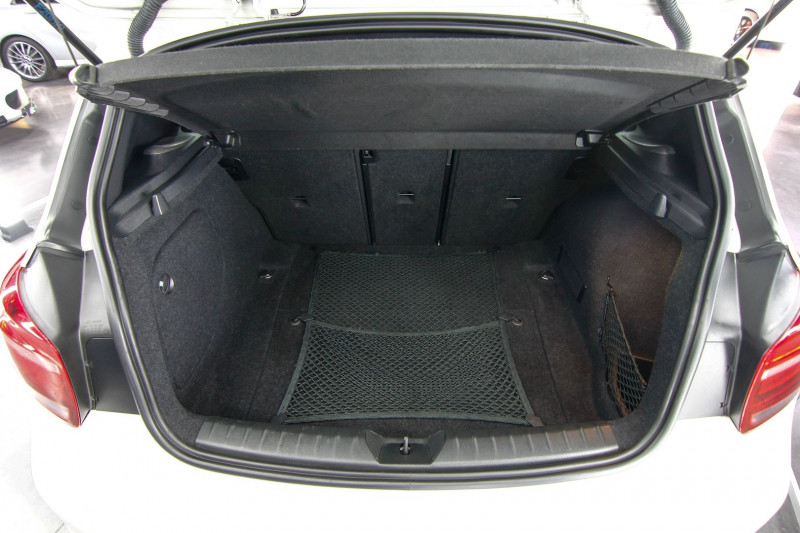 Photo 5 de l'offre de BMW SERIE 1 (F21/F20) 135IA XDRIVE 320CH M 3P à 23990€ chez AC111 Automobiles