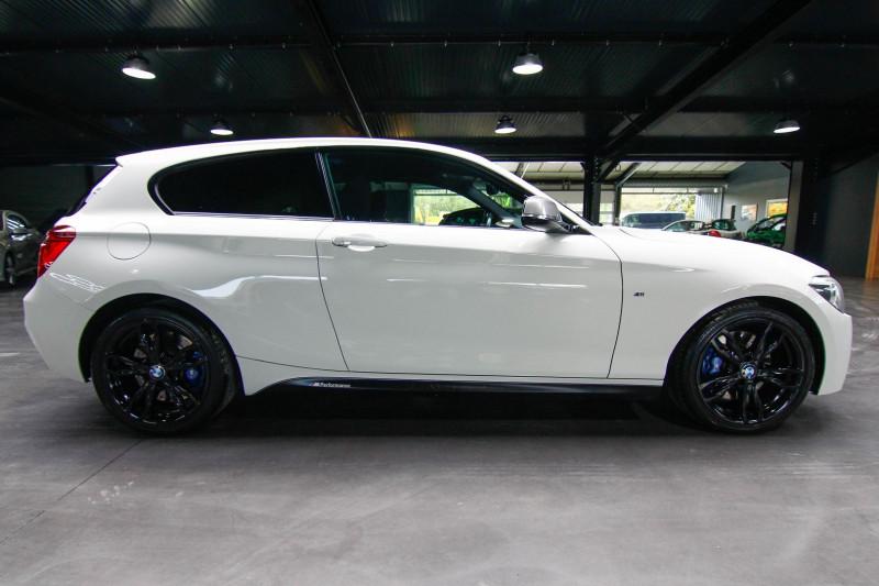Photo 16 de l'offre de BMW SERIE 1 (F21/F20) 135IA XDRIVE 320CH M 3P à 23990€ chez AC111 Automobiles