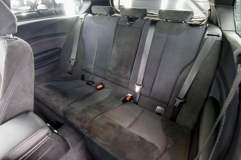 Photo 4 de l'offre de BMW SERIE 1 (F21/F20) 135IA XDRIVE 320CH M 3P à 23990€ chez AC111 Automobiles