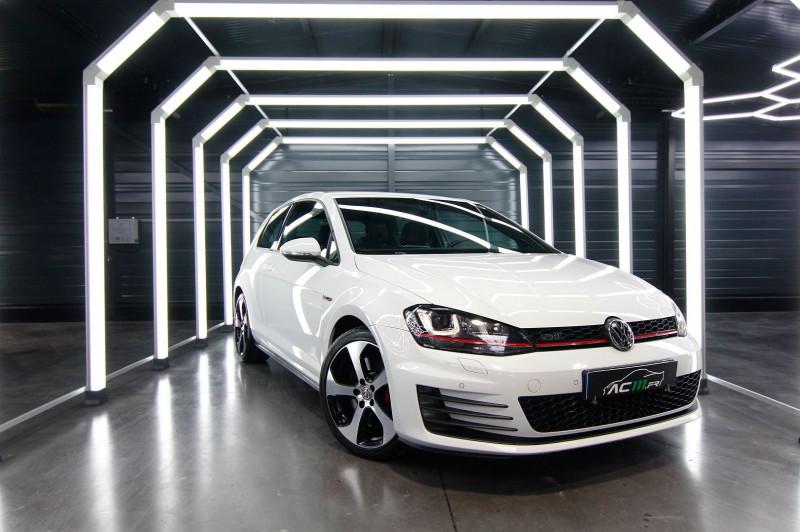 Volkswagen GOLF VII 2.0 TSI 230CH BLUEMOTION TECHNOLOGY GTI PERFORMANCE 3P Essence BLANC Occasion à vendre