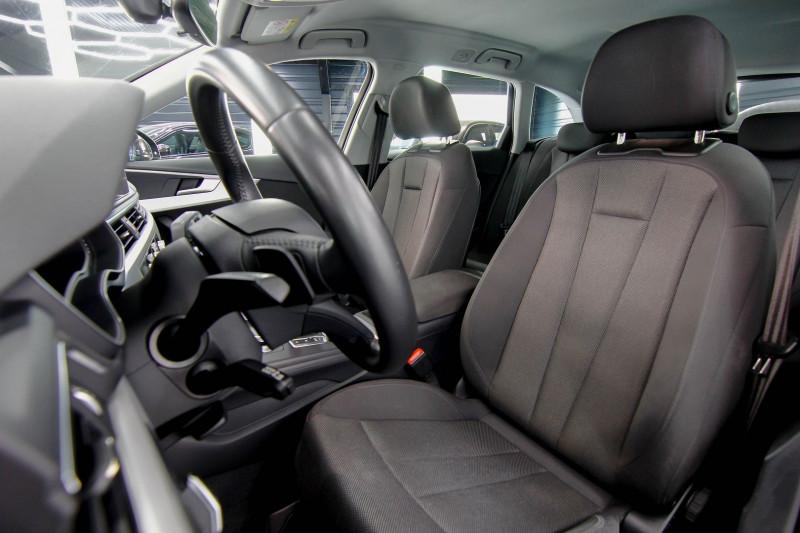Photo 4 de l'offre de AUDI A4 AVANT 2.0 TFSI 190CH ULTRA DESIGN S TRONIC 7 à 25990€ chez AC111 Automobiles