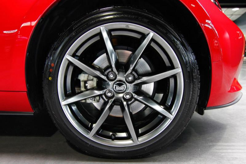 Photo 18 de l'offre de MAZDA MX-5 2.0 SKYACTIV-G 160 SELECTION à 23990€ chez AC111 Automobiles