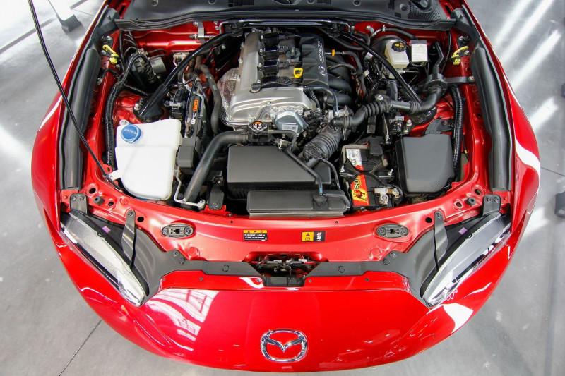 Photo 8 de l'offre de MAZDA MX-5 2.0 SKYACTIV-G 160 SELECTION à 23990€ chez AC111 Automobiles
