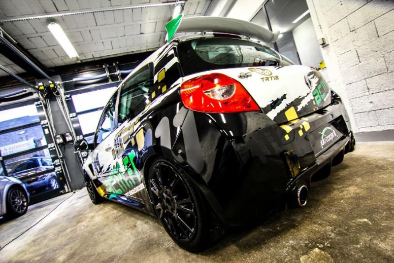 Photo 11 de l'offre de RENAULT CLIO III CUP X85 à 23990€ chez AC111 Automobiles