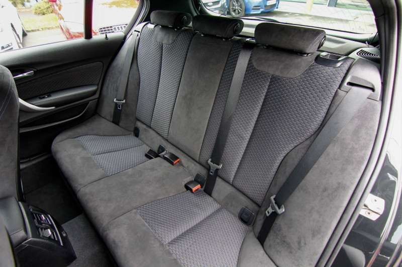 Photo 3 de l'offre de BMW SERIE 1 (F21/F20) 125DA 224CH M SPORT 5P à 21490€ chez AC111 Automobiles