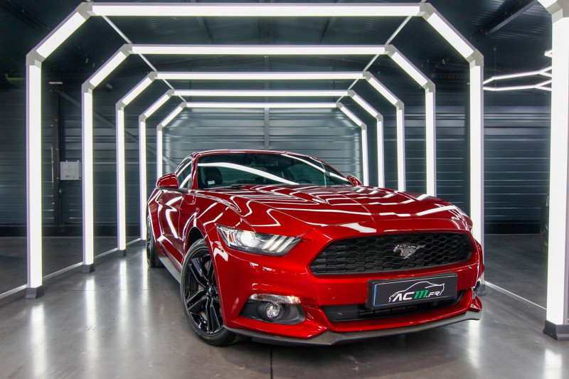 Ford MUSTANG FASTBACK 2.3 ECOBOOST 317CH Essence ROUGE Occasion à vendre