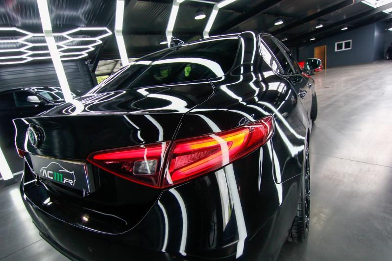 Photo 9 de l'offre de ALFA ROMEO GIULIA 2.0 TB 280CH VELOCE Q4 AT8 à 33990€ chez AC111 Automobiles