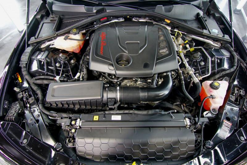 Photo 12 de l'offre de ALFA ROMEO GIULIA 2.0 TB 280CH VELOCE Q4 AT8 à 33990€ chez AC111 Automobiles