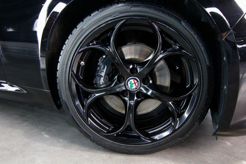 Photo 7 de l'offre de ALFA ROMEO GIULIA 2.0 TB 280CH VELOCE Q4 AT8 à 33990€ chez AC111 Automobiles