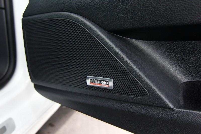 Photo 8 de l'offre de VOLKSWAGEN SCIROCCO 2.0 TSI 265CH R DSG6 à 23990€ chez AC111 Automobiles