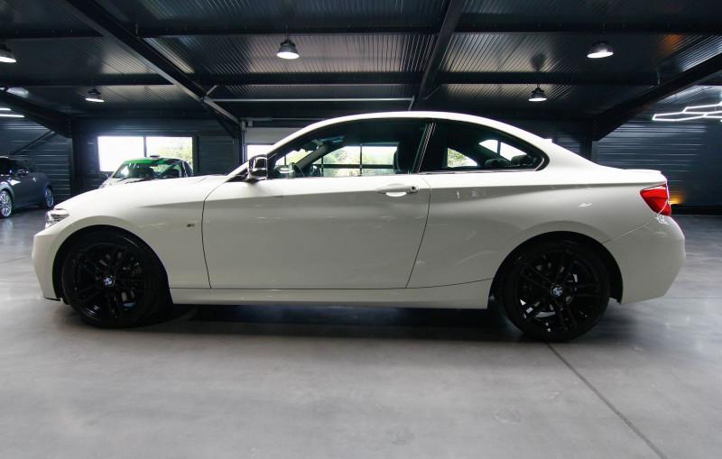 Photo 18 de l'offre de BMW SERIE 2 COUPE (F22) 230IA 252CH M SPORT à 31990€ chez AC111 Automobiles