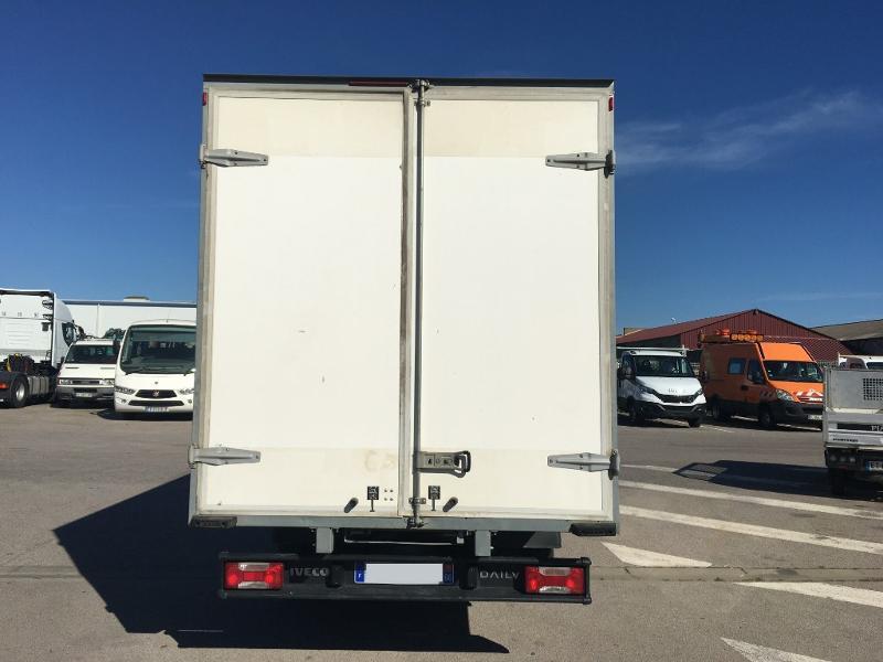 Photo 3 de l'offre de IVECO 35c16 CAISSE DEFLECTEUR CLIM REGULATEUR DE VITESSE à 28800€ chez ABVI Perpignan