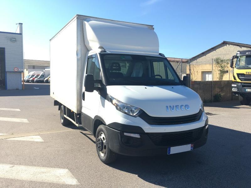 Iveco 35c16 CAISSE DEFLECTEUR CLIM REGULATEUR DE VITESSE Diesel Blanc Occasion à vendre