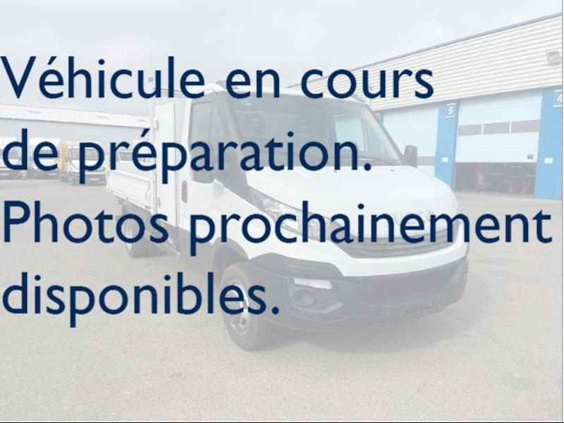 Iveco Prochainement DISPONIBLE - 35C14 BENNE + COFFRE JPM COMMANDE AU VOLANT CLIM AUTO Diesel Blanc Occasion à vendre
