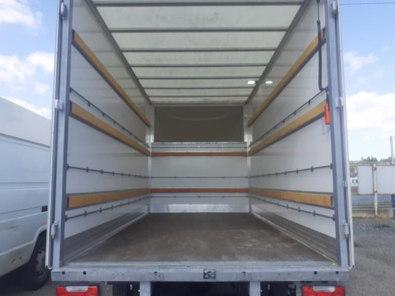 Photo 7 de l'offre de IVECO 35c16 CAISSE HAYON DHOLLANDIA DEUX PORTES AR CLIM AUTO à 31800€ chez ABVI Carcassonne