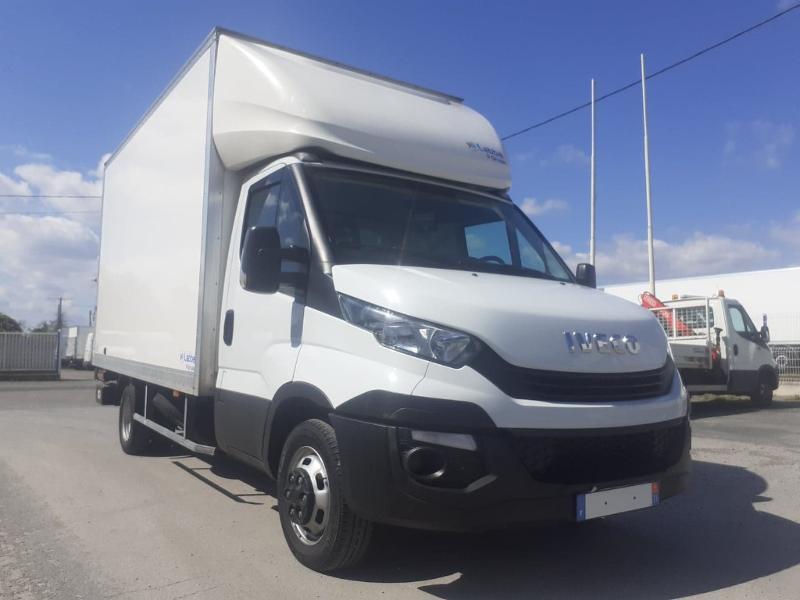 Iveco 35c16 CAISSE HAYON DHOLLANDIA DEUX PORTES AR CLIM AUTO Diesel Blanc Occasion à vendre