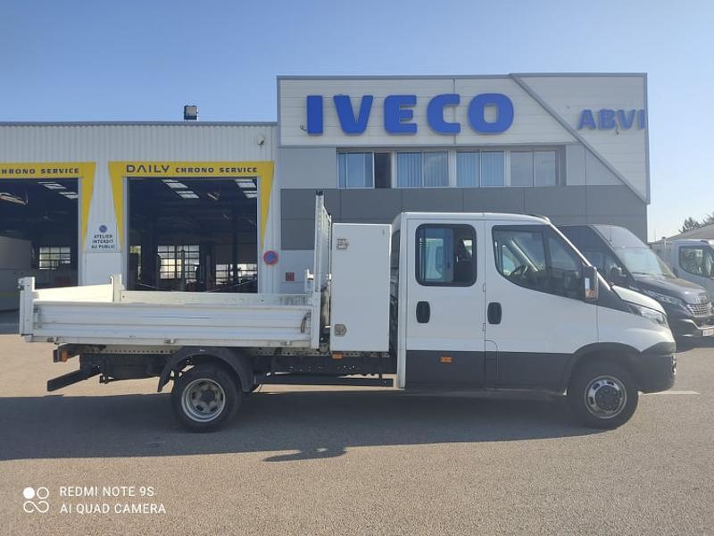 Photo 6 de l'offre de IVECO 35c14 DOUBLE CAB 6PL BENNE 2.9 + COFFRE BLUETOOTH CLIM à 32400€ chez ABVI Carcassonne