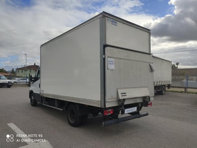 Photo 9 de l'offre de IVECO 35c16 CAISSE DEFLECTEUR HAYON AUVENT CLIM AUTO à 33000€ chez ABVI Carcassonne