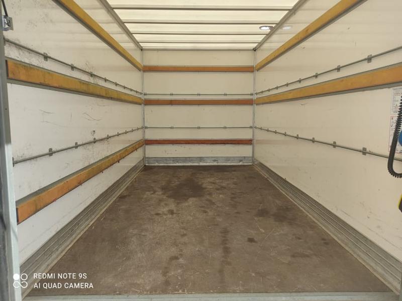 Photo 3 de l'offre de IVECO 35c16 CAISSE DEFLECTEUR HAYON AUVENT CLIM AUTO à 33000€ chez ABVI Carcassonne