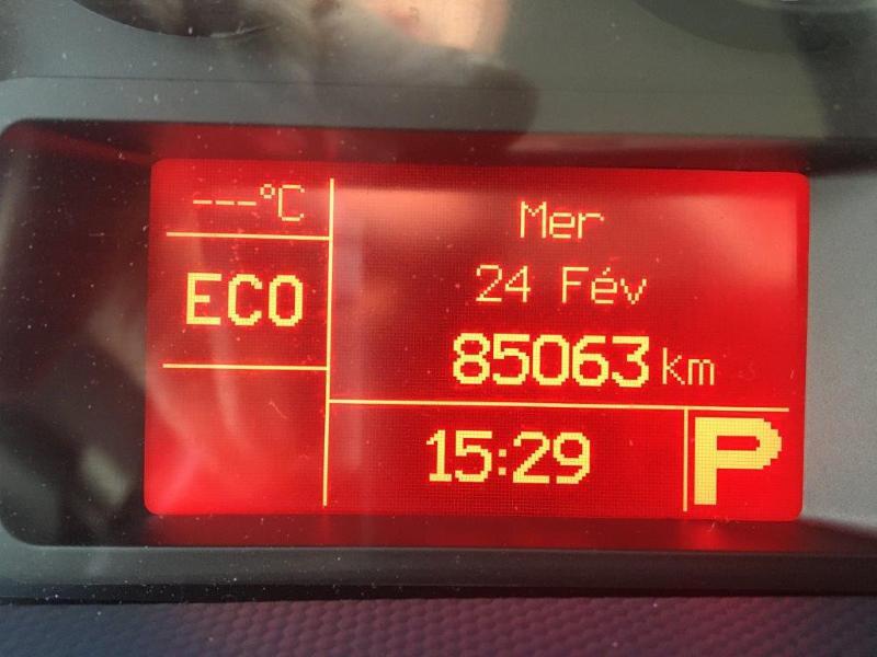 Photo 8 de l'offre de IVECO 35s14 BOITE AUTO 12 M2 CLIM AUTO à 21000€ chez ABVI Béziers