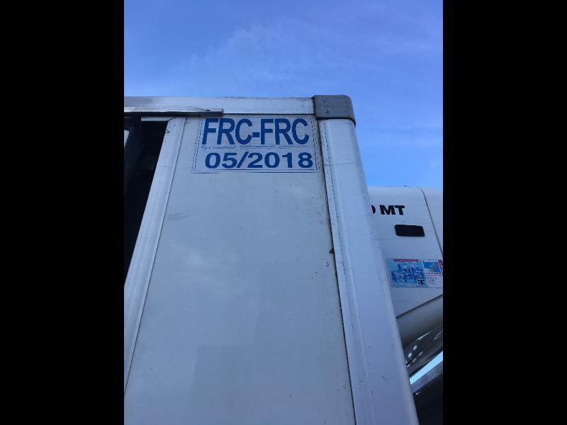 Photo 10 de l'offre de IVECO Ml 100E18 - FRIGO + HAYON à 8400€ chez ABVI Béziers