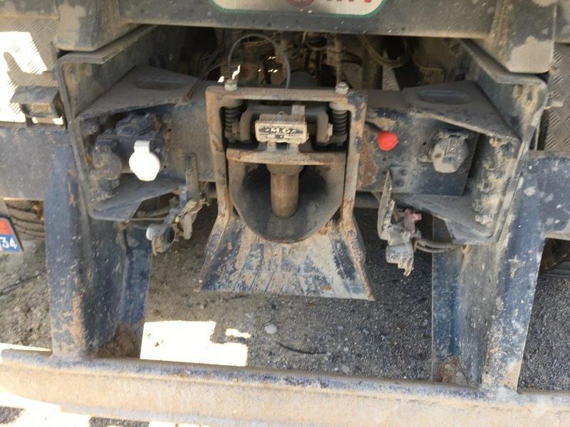 Photo 9 de l'offre de IVECO Trakker 19T 310CH BVM BIBENNE 4.8x2.3x0.65 RIDELLE GAUCHE HYDRAULIQUE PTR 40T à 42000€ chez ABVI Béziers