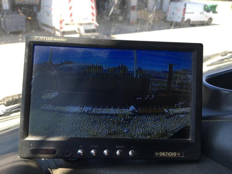 Photo 15 de l'offre de IVECO Trakker 19T 310CH BVM BIBENNE 4.8x2.3x0.65 RIDELLE GAUCHE HYDRAULIQUE PTR 40T à 42000€ chez ABVI Béziers