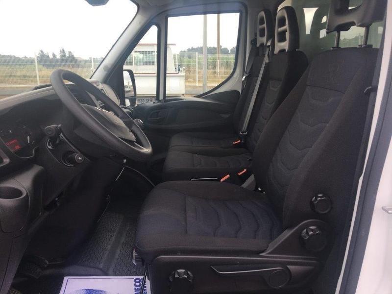 Photo 9 de l'offre de IVECO 35c16 CAISSE 20M3 PLUS CAPUCINE CLIM AUTO à 30000€ chez ABVI Béziers
