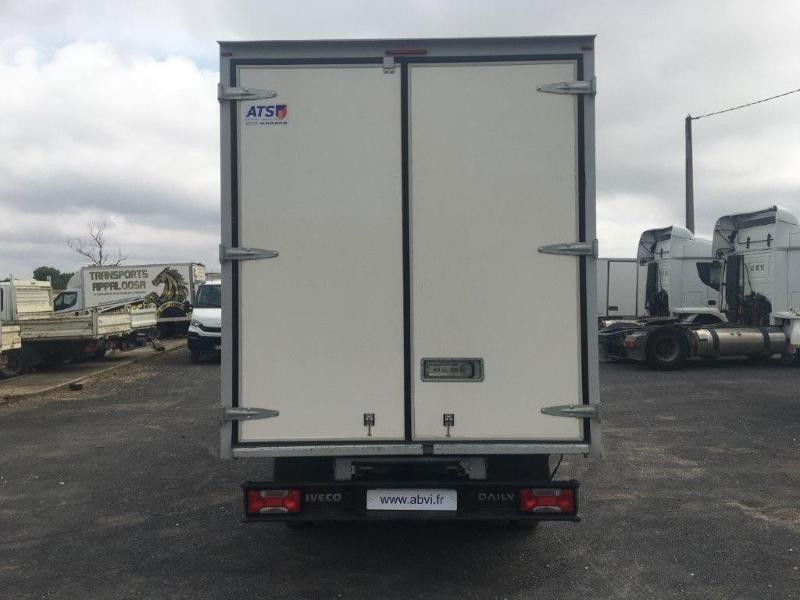 Photo 6 de l'offre de IVECO 35c16 CAISSE 20M3 PLUS CAPUCINE CLIM AUTO à 30000€ chez ABVI Béziers